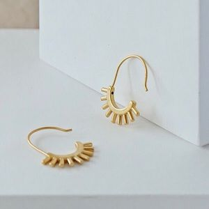 NWOT Madewell Succulent Gold Plated Drop Earrings